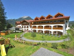 Top-10 hotels in the center of Ehrwald