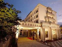 Top-10 hotels in the center of Madurai