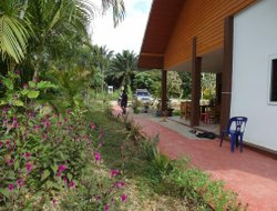 Pets-friendly hotels in Ban Khao Thong