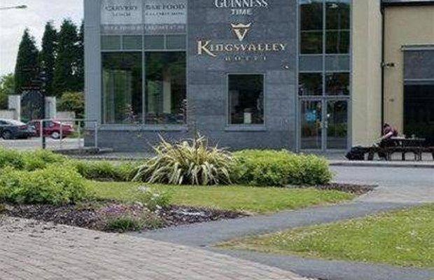 фото Kingsvalley Hotel 668172073