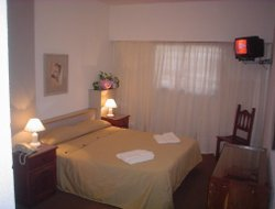 San Martin De Los Andes hotels with restaurants