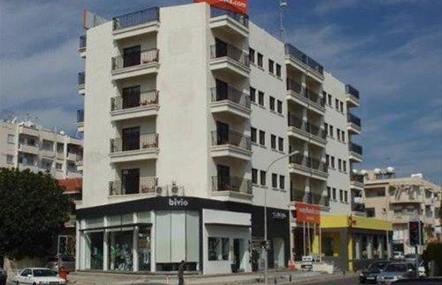 фото easyHotel Larnaka 668206556