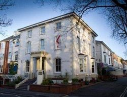 Top-3 romantic Leicester hotels