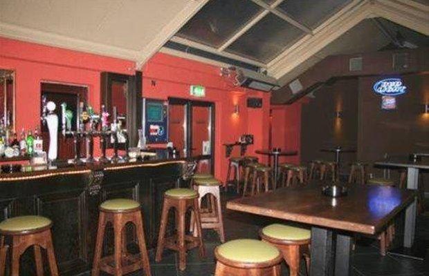 фото Ewings Bar & Accommodation 668253026