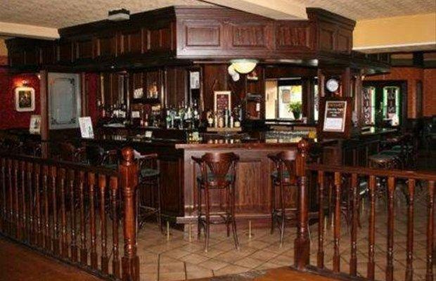 фото Ewings Bar & Accommodation 668253027
