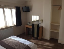 Skegness hotels with sea view