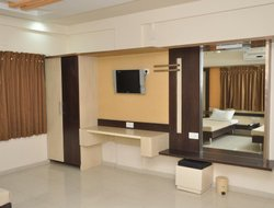 Top-5 hotels in the center of Jamnagar