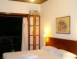 Top-4 hotels in the center of Camburi