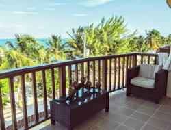 Caye Caulker Island hotels with sea view