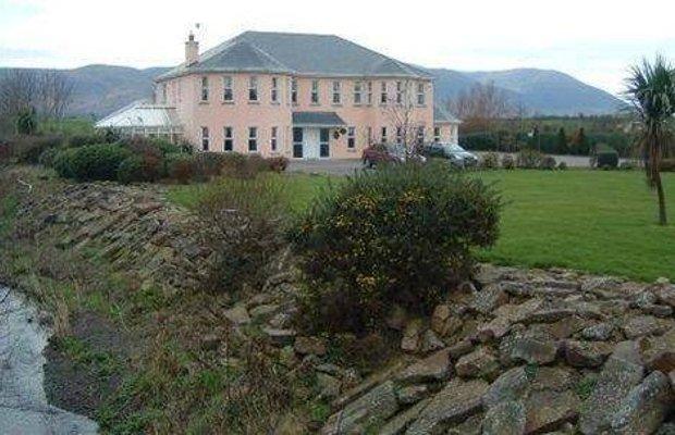 фото Brook Manor Lodge 668306602