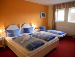 Sinsheim hotels with restaurants