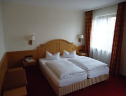 Oberammergau hotels for families with children