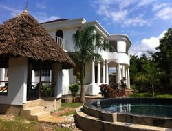 Pets-friendly hotels in Diani