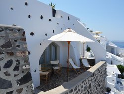 Fira hotels with swimming pool