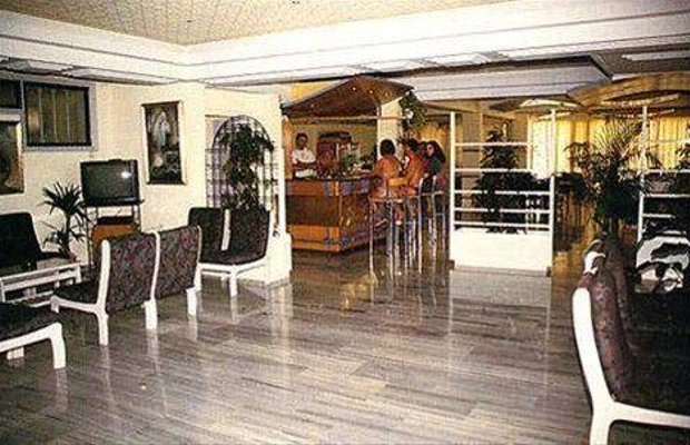 фото Farkonia Beach Hotel Apartments 668381321