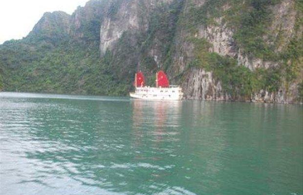 фото Ha Long Dragon Cruise Superior 668409835