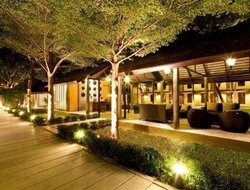 Kanchanaburi City hotels with restaurants