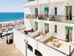 Spotorno hotels with sea view