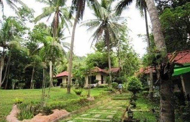 фото Fullmoon House & Resort 668641376