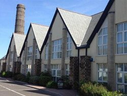 St. Austell hotels for families with children