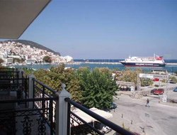 Top-8 hotels in the center of Skopelos