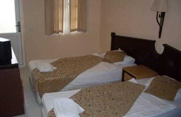 фото Europa Beach Hotel 668703910