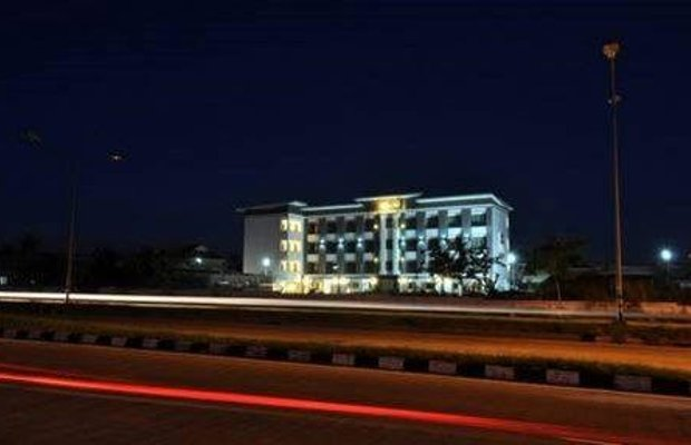 фото Baan Phor Phan Service Apartment & Hotel 668705104