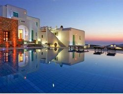 The most popular Folegandros Island hotels