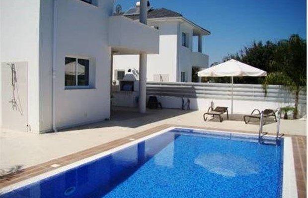 фото Flouresia Royal Villas 668734209