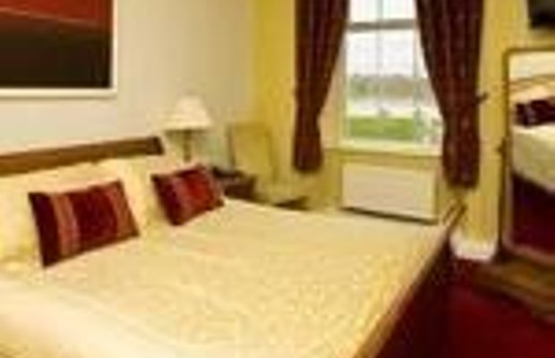 фото Walter Raleigh Hotel 670485755