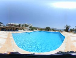 Andros Island hotels with restaurants