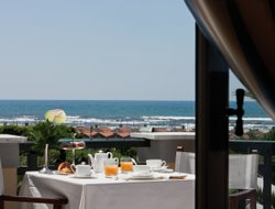 Top-3 of luxury Forte dei Marmi hotels