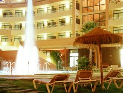 Vera Playa hotels with restaurants