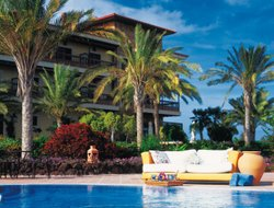 Caleta de Fuste hotels with swimming pool