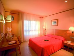Top-3 hotels in the center of Puerto de Sagunto