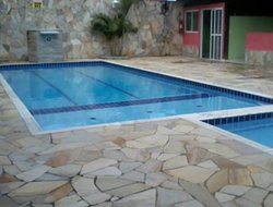 Caraguatatuba hotels with swimming pool