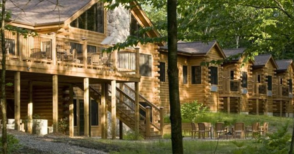 Rockwell Lake Lodge