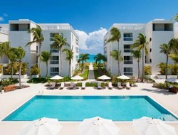 Pets-friendly hotels in Grace Bay
