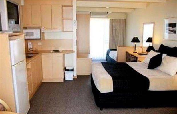 фото Amooran Oceanside Apartments and Motel 673200171
