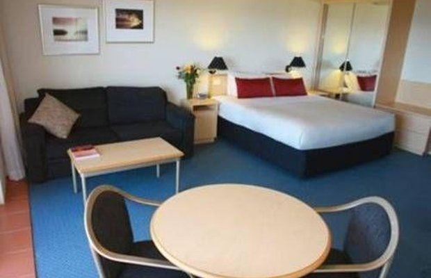 фото Amooran Oceanside Apartments and Motel 673200173