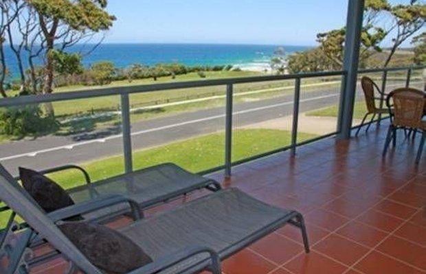 фото Amooran Oceanside Apartments and Motel 673200181
