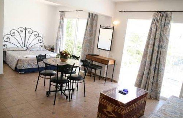 фото Latchi Studio Apartment 673792110