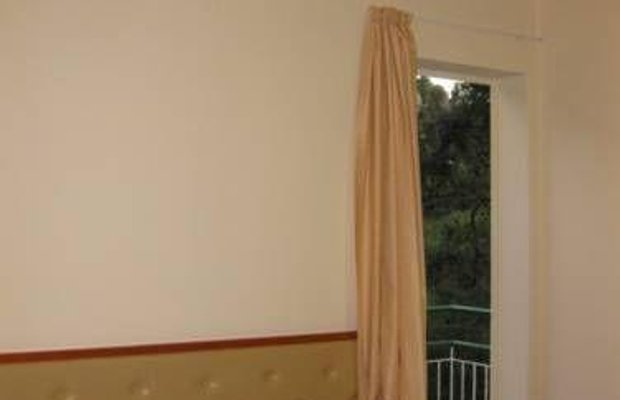 фото Spring Hotel 673795388