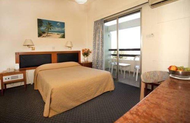 фото Pefkos Hotel 673796521
