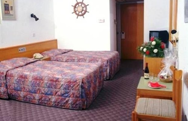 фото Kapetanios Bay Hotel 673802145