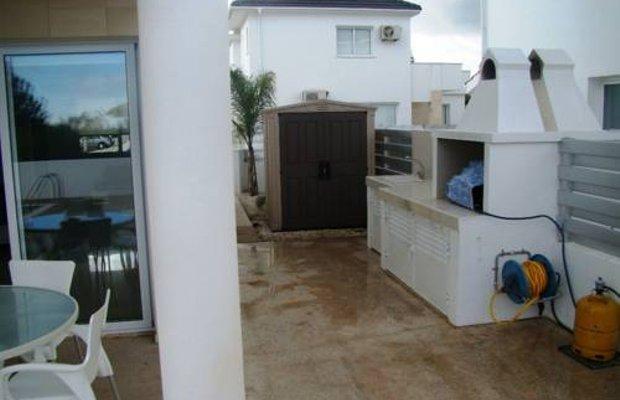 фото Flouresia Royal Villas 673802864