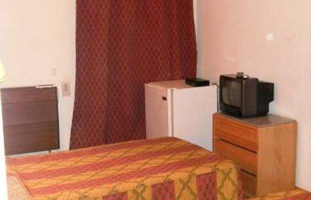 фото Queen Hotel 674168708