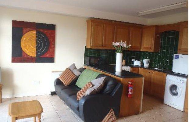 фото Glenoaks Apartments 675649041