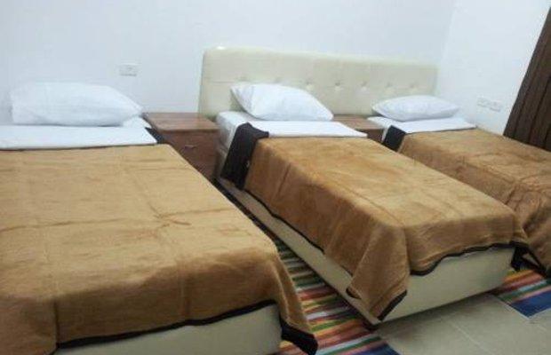 фото Al-Amir Hostel 676799406
