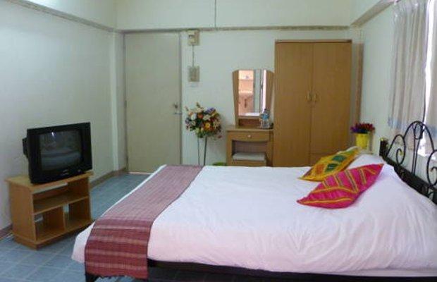 фото Thanapa Apartment 677128295